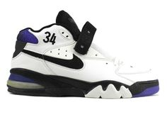 #sneakers #news  A Rare Nike Air Force Max Charles Barkley PE Is Up For Sale Nike Air Max, Nike Air Force Max, Nike Shoes Air Force, Classic Sneakers, Best Sneakers, Sneakers Fashion, Sneakers Nike, Nike Air Flight, Tenis Basketball