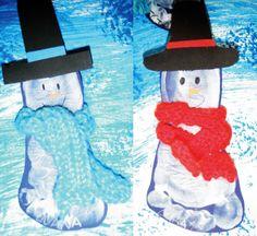 Bonecos de neve feitos com pés