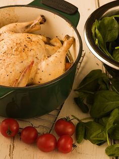 Oven-Baked Chicken with Spinach & Tomatoes - Chef Michael Smith Sausage Recipes, Pork Recipes, Chicken Recipes, Cooking Recipes, Healthy Recipes, Budget Recipes, Best Dinner Recipes, Great Recipes, Chicken