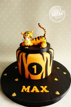 Tigger first birthday cake. Winnie The Pooh Cake, Winnie The Pooh Birthday, Tiger Cake, Bithday Cake, Bolo Cake, Cake Craft, Biscuit, Disney Cakes, First Birthday Cakes