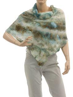 Lightweight unique shoulder poncho merino felt silk - ecru beige ice-blue - Artikeldetailansicht - CLASSYDRESS Lagenlook Art to Wear Women's Clothing