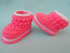 Cozy Toes Crochet Booties   FaveCrafts.com