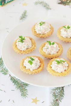 Babcine ciasteczka z maszynki - Wiem co jem Snack Recipes, Snacks, Tea Party, Catering, Muffin, Easter, Breakfast, Desserts, Fit