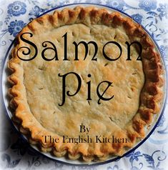 French Canadian Salmon Pie Canadian Dishes, Canadian Cuisine, Canadian Food, Canadian Recipes, Canadian English, Fish Dishes, Seafood Dishes, Seafood Recipes, Pie Recipes