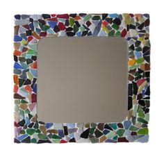 Met dit knutselpakket van Suus kinderfeestjes maak je eenvoudig een leuke spiegel voor mama - make a mirror for mum with little pieces of ceramics