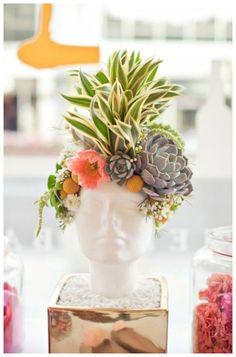 head shaped planter  bungalow m --
