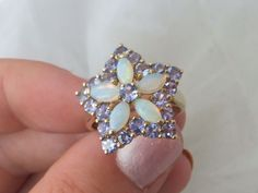 9ct/ 9k gold fiery Opal & Tanzanite large star cluster ring, 375