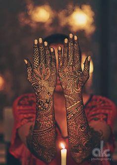 Woow! Amazing work! Photo by Amol Kamat Photography, Mumbai #weddingnet #wedding #india #indian #indianwedding #weddingdresses #mehendi #ceremony #realwedding #lehenga #lehengacholi #choli #lehengawedding #lehengasaree #saree #bridalsaree #weddingsaree #photoshoot #photoset #photographer #photography #inspiration #planner #organisation #details #sweet #cute #gorgeous #fabulous #henna #mehndi