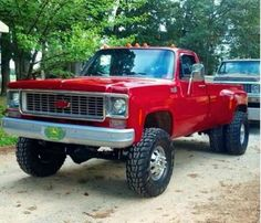trucks and cars 85 Chevy Truck, Lifted Chevy Trucks, Classic Chevy Trucks, Chevrolet Trucks, Chevy 4x4, Toyota Trucks, Diesel Pickup Trucks, Dually Trucks, Gm Trucks