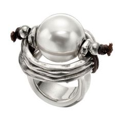 If you love silver, you'll love this store and their designs…. just so classy and unique! love #unode50!