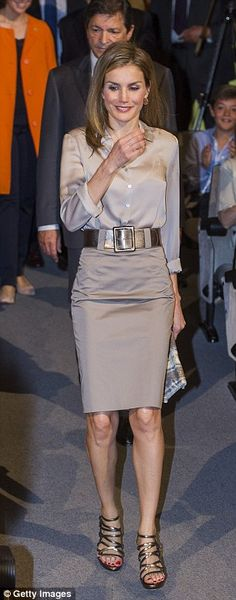 Happy birthday Queen Letizia! As Europe's most glamorous monarch celebrates her 42nd, we round up her most show-stopping looks so far | Mail Online
