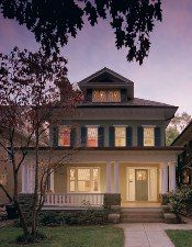 Very similar to our house. Just missing the wider porch with the push out and the door on center. American Foursquare House - Chicago Architecture Today