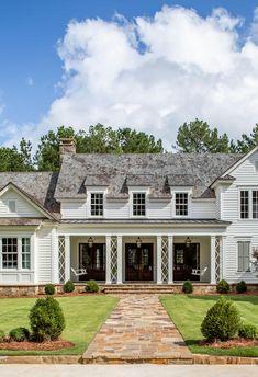 White Farmhouse Exterior, Colonial Exterior, Farmhouse Shutters, Exterior Homes, Brandon Ingram, Wood Shingles, Roofing Shingles, Architectural Shingles, Luxury Homes Dream Houses