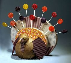 Cute Thanksgiving Turkey craft & centerpiece. The kids will love this.