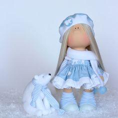 Моя Умка))) ( по мотивам доброго советского мультика).... Любящее сердце и дом нашла ))) #milahandycrafts #handmadedoll #sewing #fairytail #interiordoll #textile #doll #куклаинтерьерная #текстильнаяигрушка #текстильнаякукла #сказка #умка #север #дляинтерьера #подарок #подарокручнойработы #большеножка #тильда #шьюкукол #куклаомск #омск #творческаямастерская #хобби #любимоедело