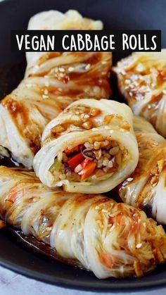 Vegan Cabbage Recipes, Vegetarian Cabbage Rolls, Tasty Vegetarian Recipes, Vegan Dinner Recipes, Raw Food Recipes, Veggie Recipes, Asian Recipes, Vegan Vegetarian, Cooking Recipes
