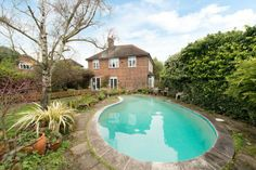 Wonderful swimming pools on pinterest property for sale Houses for sale in london with swimming pool