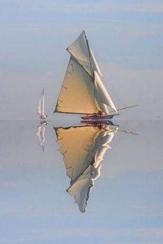 Bernadette B - sailboat Watercolor Landscape, Watercolor Paintings, Watercolor Japan, Classic Sailing, Boat Art, Boat Painting, Belle Photo, Sailing Ships, Sailing Cruises
