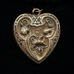 Antique Art Nouveau Gold Filled Heart Locket by JewelryWanderlust, $135.00