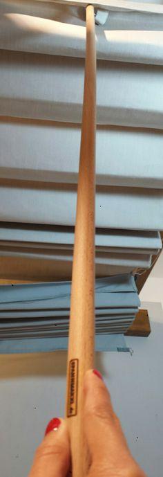Vara para toldo SPANNMAXXL: Un metro (100cm) de largo, barniz ecológico, gancho plano en acero inoxidable que armoniza con diseño SPANNMAXXL. En nuestro Blog: http://www.spannmaxxl.com/es/blog/palo_toldo/