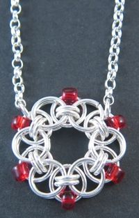 Pendant - chainmaile pattern w beads