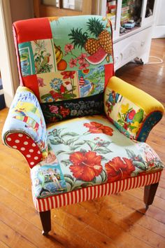 tea towel upholstered chair - well this is just hilarious but could there be some inspiration in here somewhere?