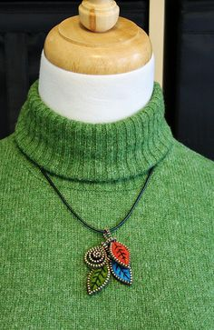 I thought the pendant needed a little extra something. the zipper swirl charm did the trick! Zipper Bracelet, Zipper Jewelry, Felted Wool Crafts, Felt Crafts, Zipper Crafts, Wool Applique, Craft Fairs, Needle Felting, Wool Felt