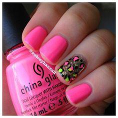 Sinful Colors Nail Polish in Flirting Nails