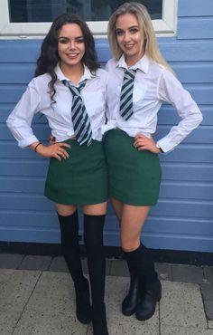 Cute School Uniforms, School Uniform Fashion, School Uniform Girls, Girls Uniforms, Girly Girl Outfits, Cute Teen Outfits, Outfits For Teens, Trendy Outfits, Girls White Shirt