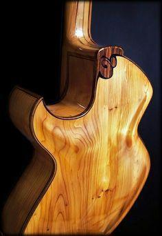 Resultado de imagem para luthier taku sakashta