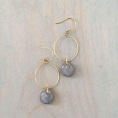 Old Jewelry, Simple Jewelry, Wire Jewelry, Beaded Jewelry, Jewelry Making, Jewelry Ideas, Recycled Jewelry, Jewellery, Jewelry Findings