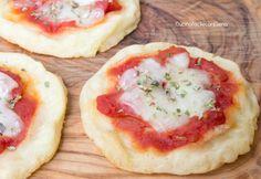 Le Pizzette di Patate sono una ricetta sfiziosissima e molto semplice da realizzare, si preparano senza burro e senza olio, sono davvero ottime, provatele!!