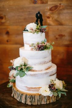 Rustic, Berry and Eucalyptus-Accented Cake   Lisa Mathewson Photography, LLC https://www.theknot.com/marketplace/lisa-mathewson-photography-llc-brookfield-wi-431899   Whistling Straits Golf Course – Kohler, Wisconsin  