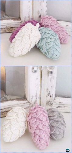 Crochet Pine Cones Ornament Free Pattern - Crochet Christmas Ornament Free Patterns #CrochetProjects
