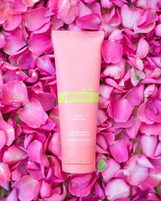 Did you know that each time you purchase Rose hand lotion, of the proceeds go to doTERRA's Healing Hand foundation? with Rose hand lotion! Essential Oils For Headaches, Essential Oils For Sleep, Rose Essential Oil, Doterra Essential Oils, Organic Unrefined Coconut Oil, Oils For Life, Coconut Oil For Skin, Holistic Remedies, Hand Lotion