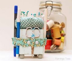 Cute Little Sewing Tool Caddy » via @flamingotoes - this is so clever!  i need this in my life.