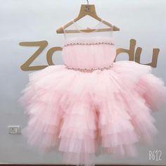 Baby Girl Dresses Diy, Baby Pageant Dresses, Baby Girl Frocks, Little Girl Dresses, Girls Dresses, Flower Girl Dresses, Girls Frock Design, Baby Dress Design, Kids Frocks Design