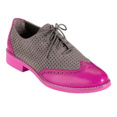 """I'd surely have an extra step in my """"git along"""" with these on my feet! Dressy Shoes, Fab Shoes, Women's Shoes, Oxford Shoes Outfit, Women Oxford Shoes, Brogues, Loafers, Brown Oxfords, Beautiful Shoes"""