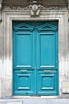 A classic door gets a contemporary twist in bright turquoise
