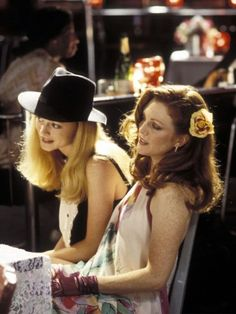 Amber Waves & Rollergirl (Julianne Moore & Heather Graham), Boogie Nights (1997)