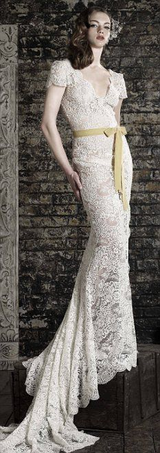 Absolutely love this wedding dress