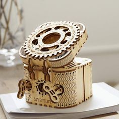 Creative DIY Treasure Box Wooden Puzzle Game Assembly Toy Gift For Children Puzzles 3d, Wooden Puzzles, Wooden Boxes, Craft Clay, Small Gifts, Gifts For Kids, 3d Puzzel, Projects For Adults, Model Building Kits