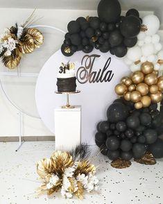 Happy Birthday Decor, Birthday Balloon Decorations, Backdrop Decorations, 60th Birthday, Birthday Celebration, Ideas Para Fiestas, New Years Eve Party, Sweet 16, Balloons