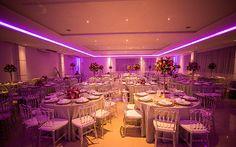 Flores e velas deram mais charme à festa da Stephanny Gouvêa