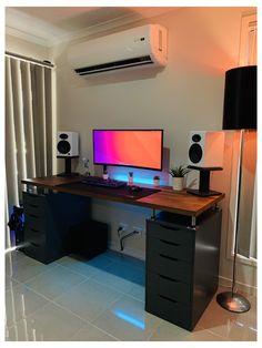 Computer Gaming Room, Computer Desk Setup, Gaming Room Setup, Computer Desk In Bedroom, Home Studio Setup, Home Office Setup, Home Office Design, Ikea Pc Desk, Ikea Gaming Desk Hack