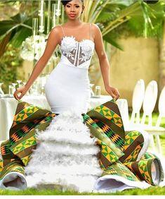 New Africa fashion clothing looks Ideas 3778148555 African Fashion Designers, Latest African Fashion Dresses, African Print Fashion, Africa Fashion, African Prints, African Traditional Wedding Dress, African Wedding Dress, Traditional Weddings, Traditional Styles