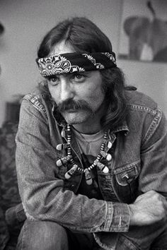 """Dennis Hopper: (May 1936 – May """"I own easy rider"""" Flashback 1990 Ian Curtis, Marie Osmond, Dennis Lee, Excuse Moi, Films Cinema, Elsa Pataky, Classic Movies, Famous Faces, Mustache"""