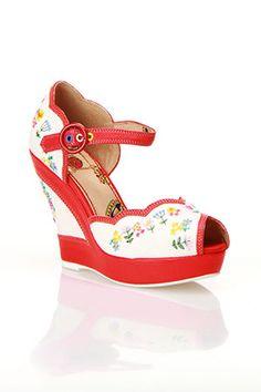 50s fun wedge shoes