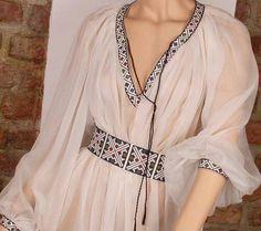 jpg Romanian dress inspired by traditional wear Folk Fashion, Ethnic Fashion, Womens Fashion, Modest Fashion, Hijab Fashion, Fashion Dresses, Ethno Style, Kurti Designs Party Wear, Embroidered Clothes