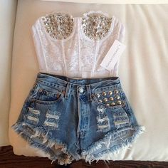 Runwaydreamz- Studded lace bustier top + studded destroyed high waisted shorts // Love the top SO much! Teen Fashion Tumblr, Hipster Fashion, Girl Fashion, Fashion Outfits, Womens Fashion, Fashion Trends, Hipster Style, Fashion Shorts, Hipster Grunge